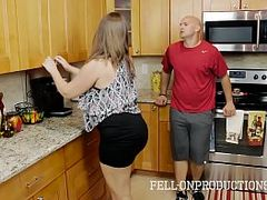 Hq Creampie Mom Sex Tube