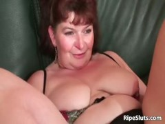 Chubby Mature, Chubby Mom, older Women, Perfect Body Masturbation, Street Hooker