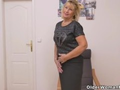 Hot MILF, Hot Step Mom, Milf, Girl Next Door, Perfect Body Amateur Sex